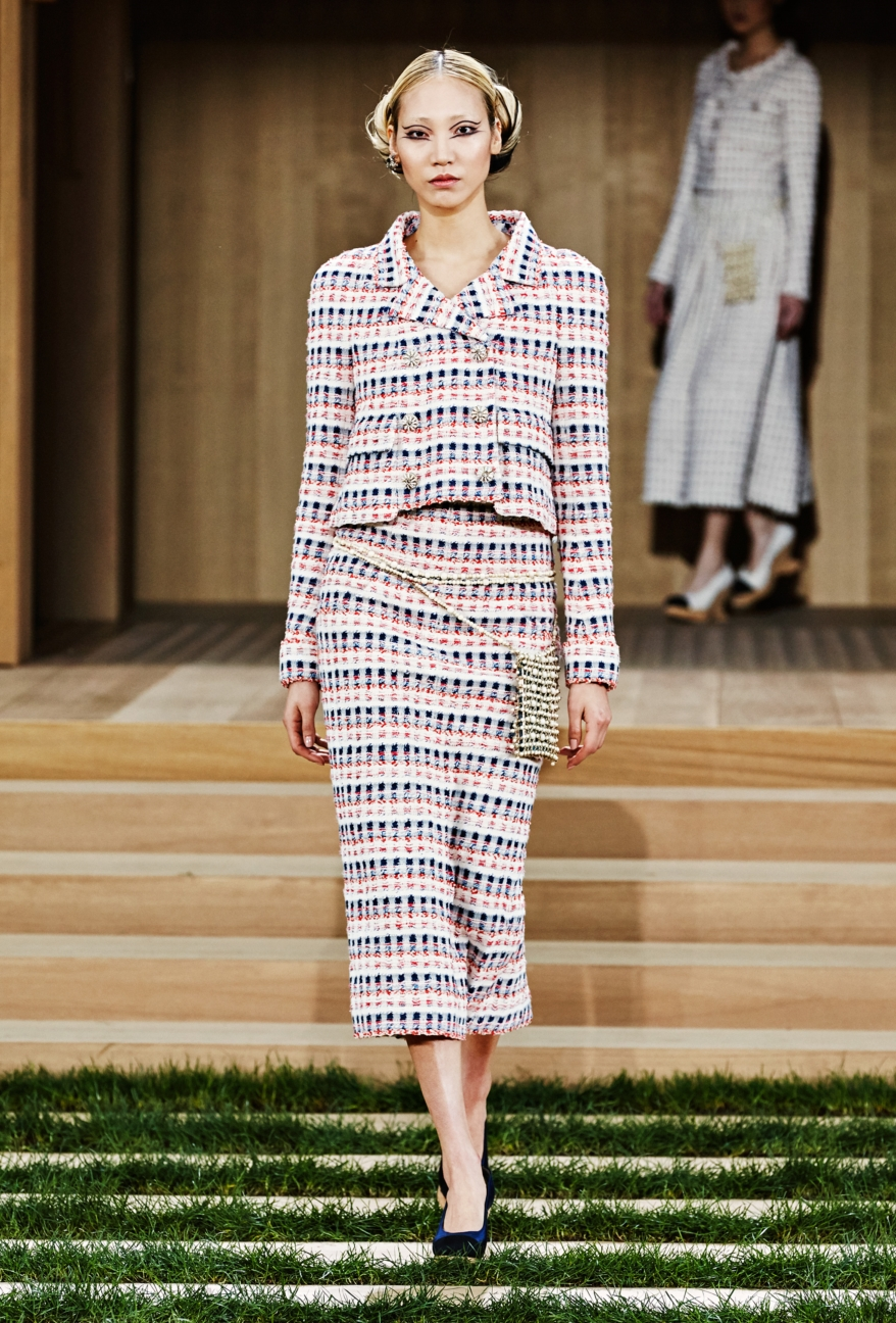 chanel-haute-couture-spring-summer-2016-11
