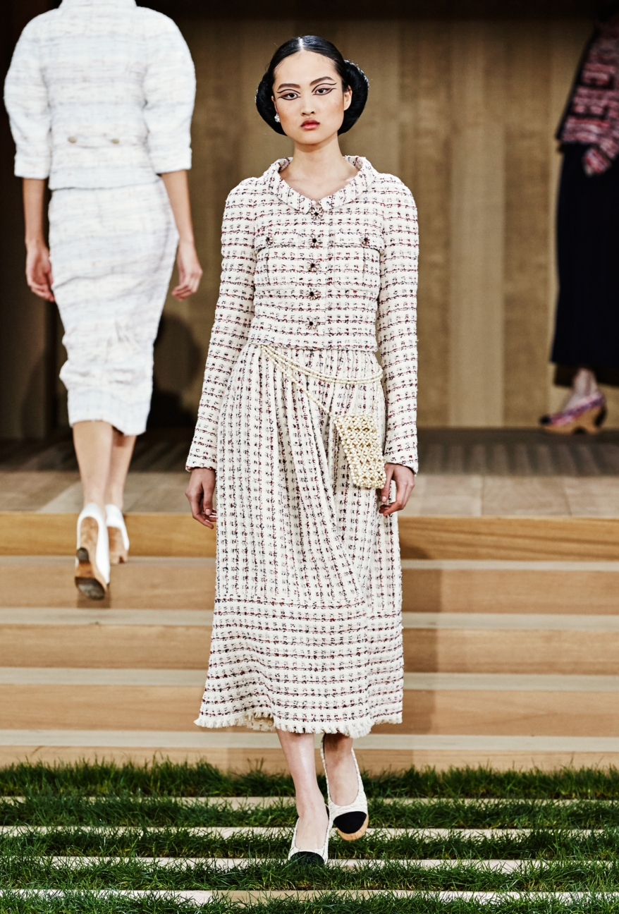chanel-haute-couture-spring-summer-2016-12
