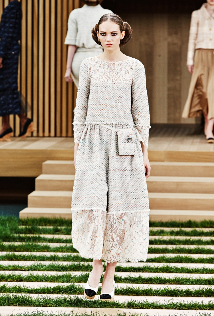 chanel-haute-couture-spring-summer-2016-15
