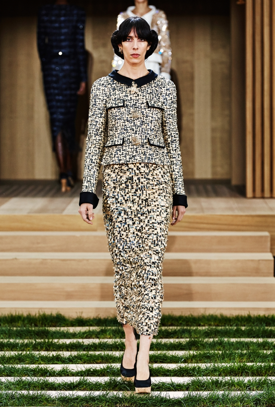 chanel-haute-couture-spring-summer-2016-21