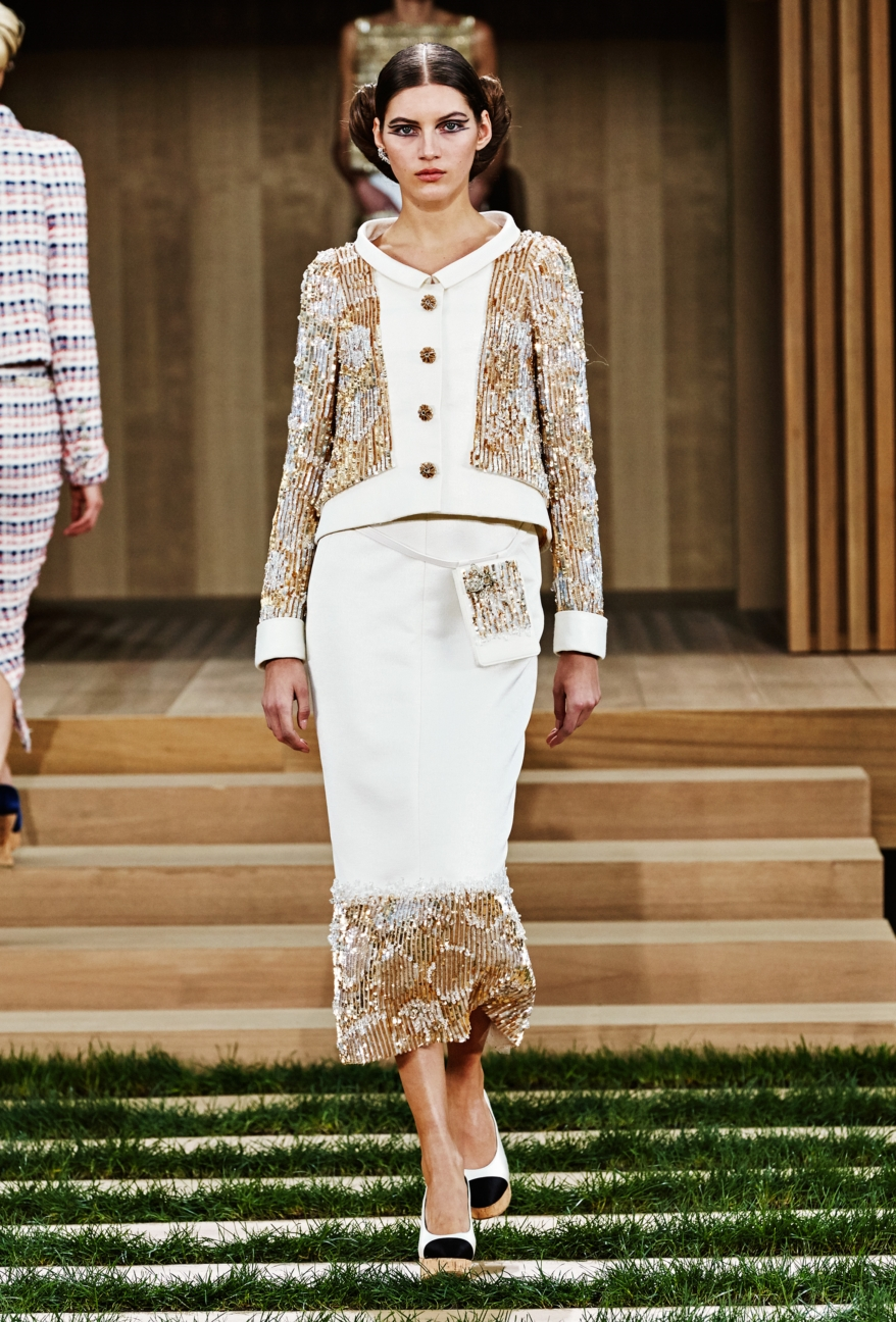 chanel-haute-couture-spring-summer-2016-22