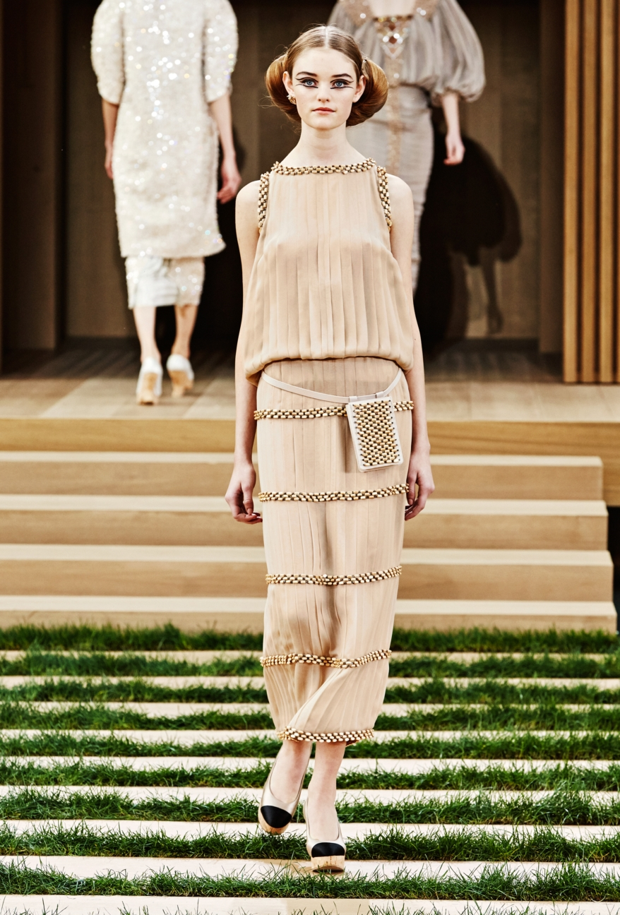 chanel-haute-couture-spring-summer-2016-32