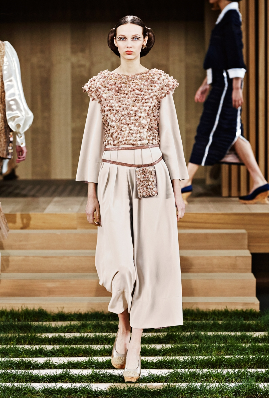 chanel-haute-couture-spring-summer-2016-36