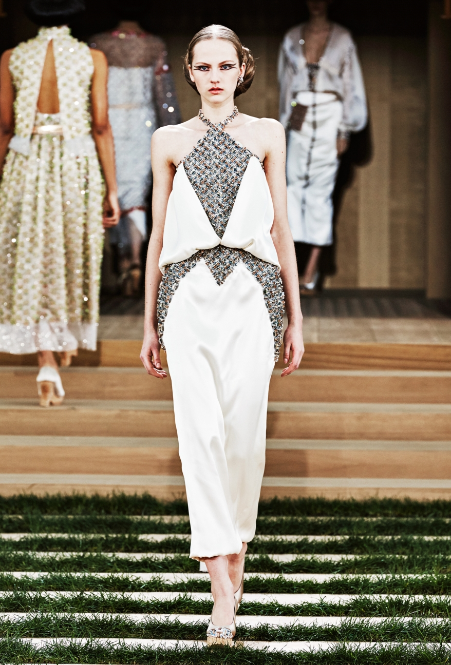 chanel-haute-couture-spring-summer-2016-54