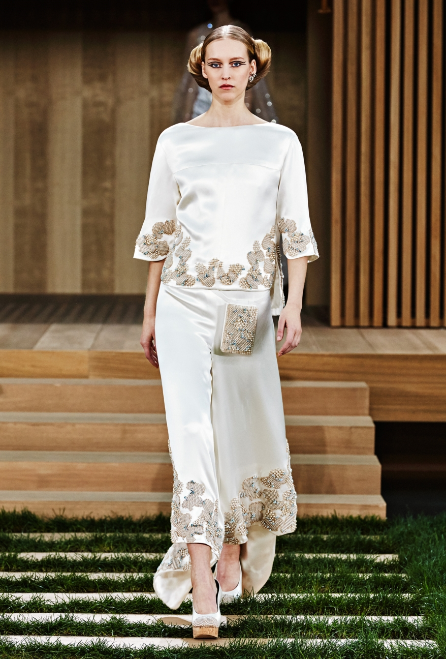 chanel-haute-couture-spring-summer-2016-56