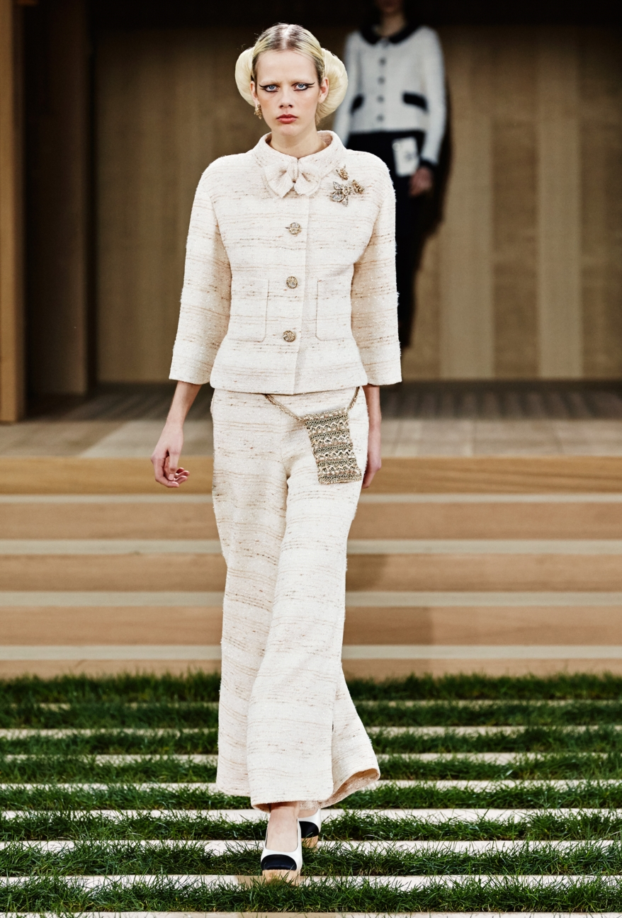 chanel-haute-couture-spring-summer-2016-6