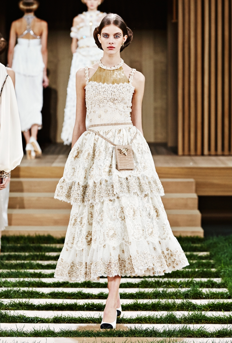 chanel-haute-couture-spring-summer-2016-68