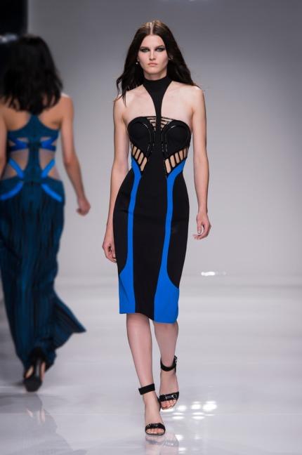 atelier-versace-ss16_look-15