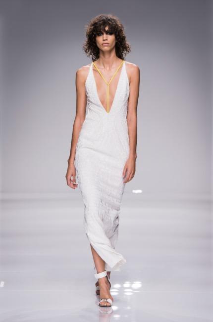 atelier-versace-ss16_look-35