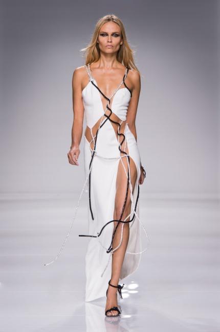 atelier-versace-ss16_look-45