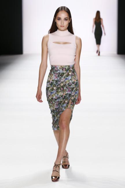 ss-2017_fashion-week-berlin_de_0010_cushnie-et-ochs_66982