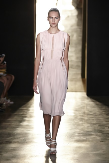 cushnie-et-ochs-new-york-fashion-week-spring-summer-2015-13