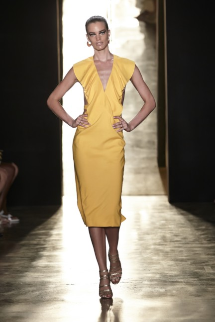 cushnie-et-ochs-new-york-fashion-week-spring-summer-2015-34