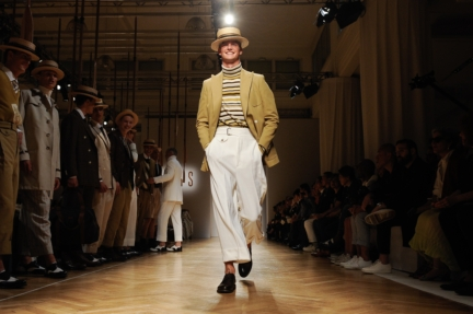 daks-milan-mens-ss-18-atmosphere-12