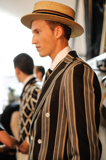 daks-milan-mens-ss-18-backstage-24