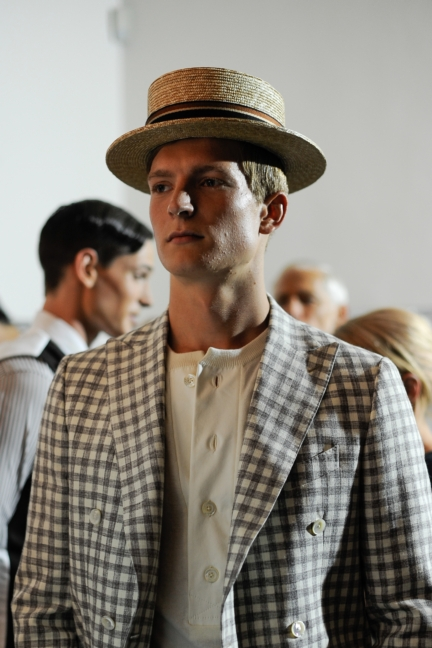 daks-milan-mens-ss-18-backstage-27