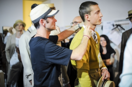 daks-milan-mens-ss-18-backstage-48