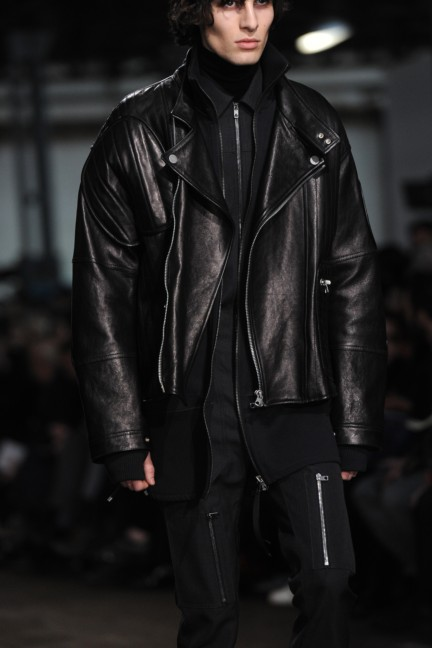 diesel-black-gold-milan-men-autumn-winter-2016-35