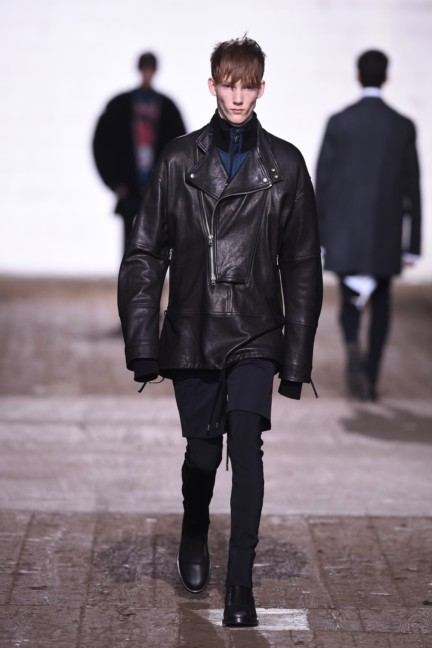 diesel-black-gold-milan-men-autumn-winter-2016-24