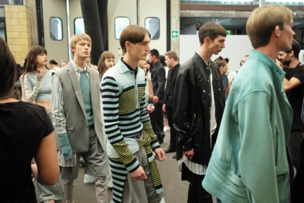 diesel-black-gold-milan-mens-ss-18-backstage-140
