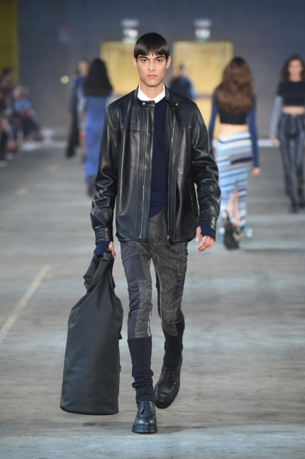 diesel-black-gold-milan-mens-ss-18-runway-13