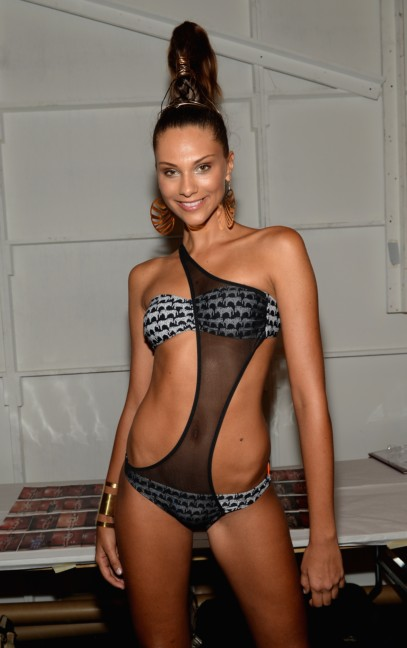 dolores-cortes-mercedes-benz-fashion-week-miami-swim-2015-backstage-109