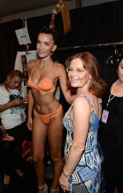 dolores-cortes-mercedes-benz-fashion-week-miami-swim-2015-backstage-113