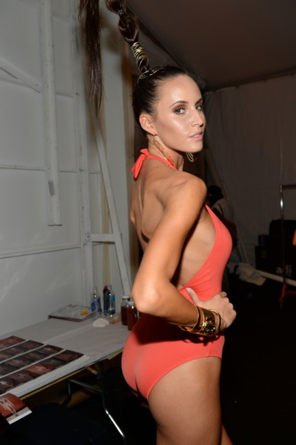 dolores-cortes-mercedes-benz-fashion-week-miami-swim-2015-backstage-116