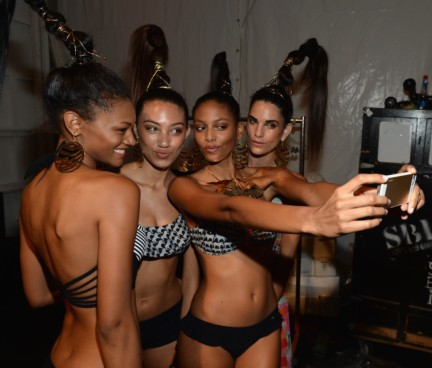dolores-cortes-mercedes-benz-fashion-week-miami-swim-2015-backstage-118