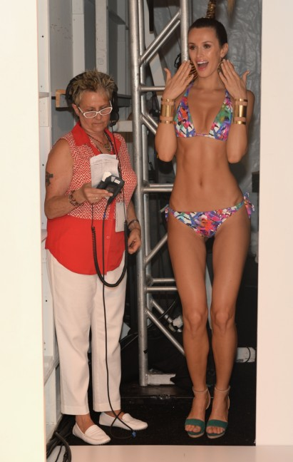 dolores-cortes-mercedes-benz-fashion-week-miami-swim-2015-backstage-45