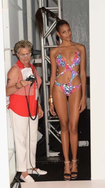 dolores-cortes-mercedes-benz-fashion-week-miami-swim-2015-backstage-46