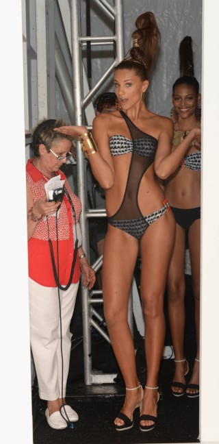 dolores-cortes-mercedes-benz-fashion-week-miami-swim-2015-backstage-83