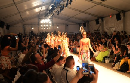 dolores-cortes-mercedes-benz-fashion-week-miami-swim-2015-front-row-4