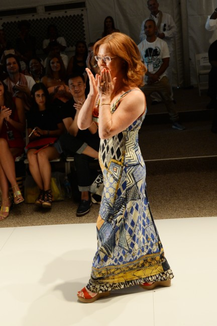 dolores-cortes-mercedes-benz-fashion-week-miami-swim-2015-front-row-6