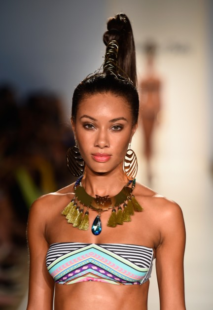 dolores-cortes-mercedes-benz-fashion-week-miami-swim-2015-runway-images-101