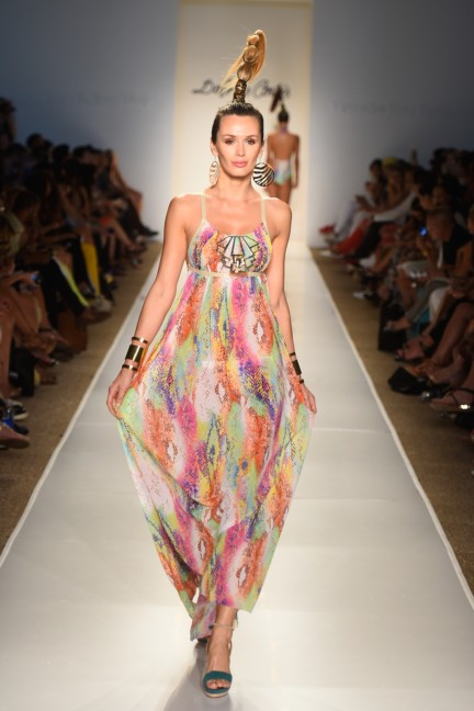 dolores-cortes-mercedes-benz-fashion-week-miami-swim-2015-runway-images-127