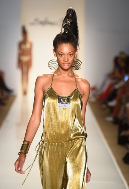 dolores-cortes-mercedes-benz-fashion-week-miami-swim-2015-runway-images-146