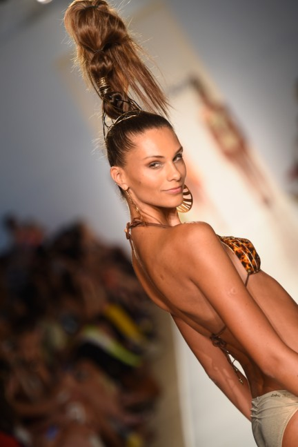 dolores-cortes-mercedes-benz-fashion-week-miami-swim-2015-runway-images-149