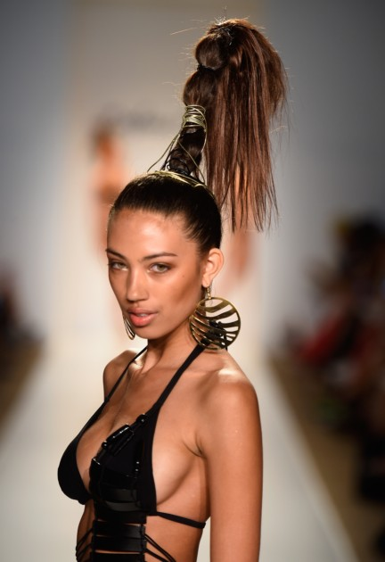 dolores-cortes-mercedes-benz-fashion-week-miami-swim-2015-runway-images-36