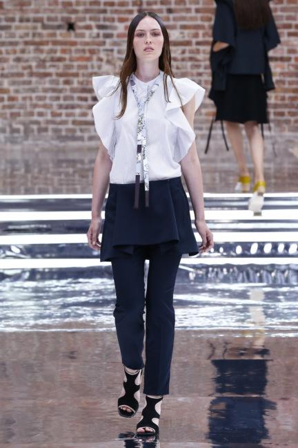 ss-2017_fashion-week-berlin_de_0008_dorothee-schumacher_65645