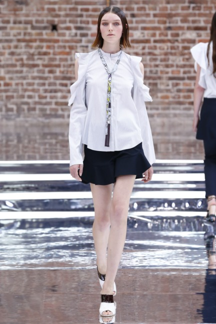 ss-2017_fashion-week-berlin_de_0009_dorothee-schumacher_65644
