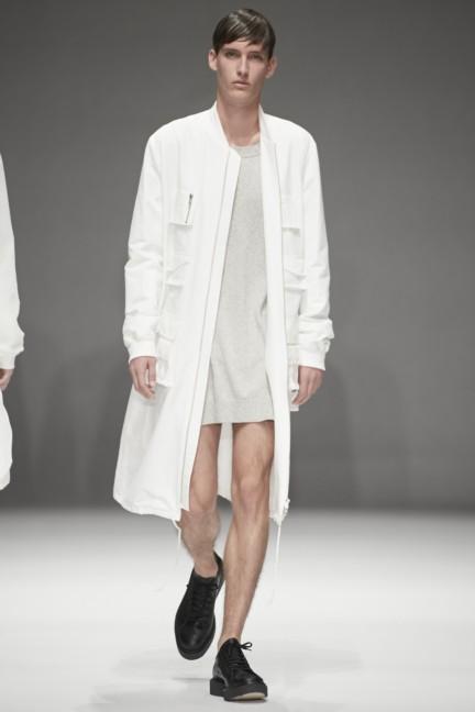 dressedundressed-japan-fashion-week-spring-summer-2015-11