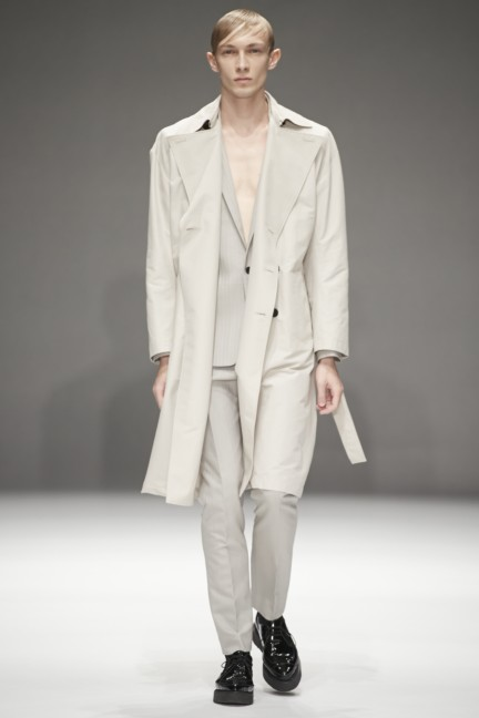 dressedundressed-japan-fashion-week-spring-summer-2015-19