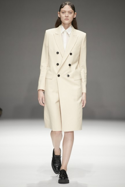dressedundressed-japan-fashion-week-spring-summer-2015-20