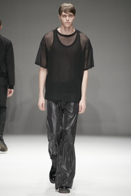 dressedundressed-japan-fashion-week-spring-summer-2015-28