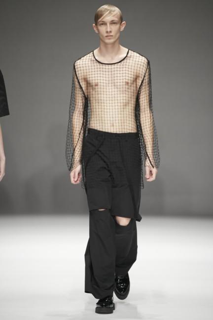 dressedundressed-japan-fashion-week-spring-summer-2015-30