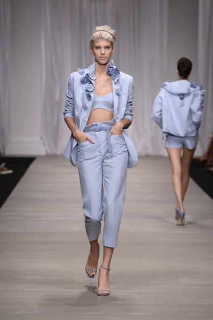 ermanno-scervino-milan-fashion-week-spring-summer-2015-14