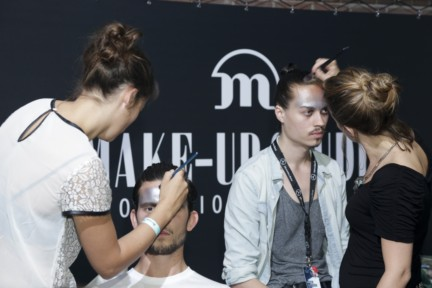 franzel-amsterdam-mercedes-benz-fashion-week-amsterdam-spring-summer-2015-backstage-49