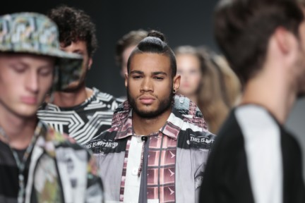 franzel-amsterdam-mercedes-benz-fashion-week-amsterdam-spring-summer-2015-runway-79