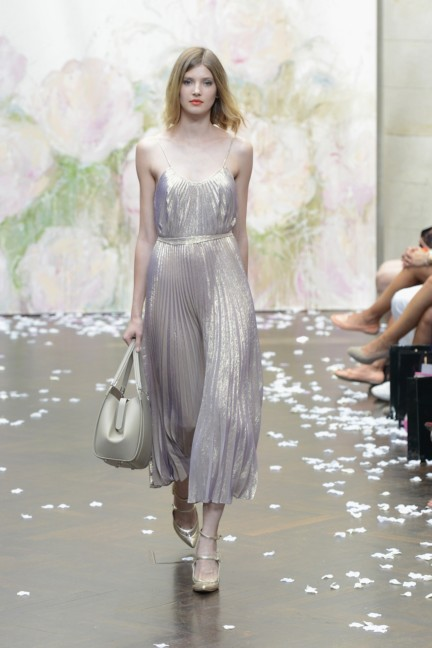 frida-weyer-mercedes-benz-fashion-week-berlin-spring-summer-2015-16